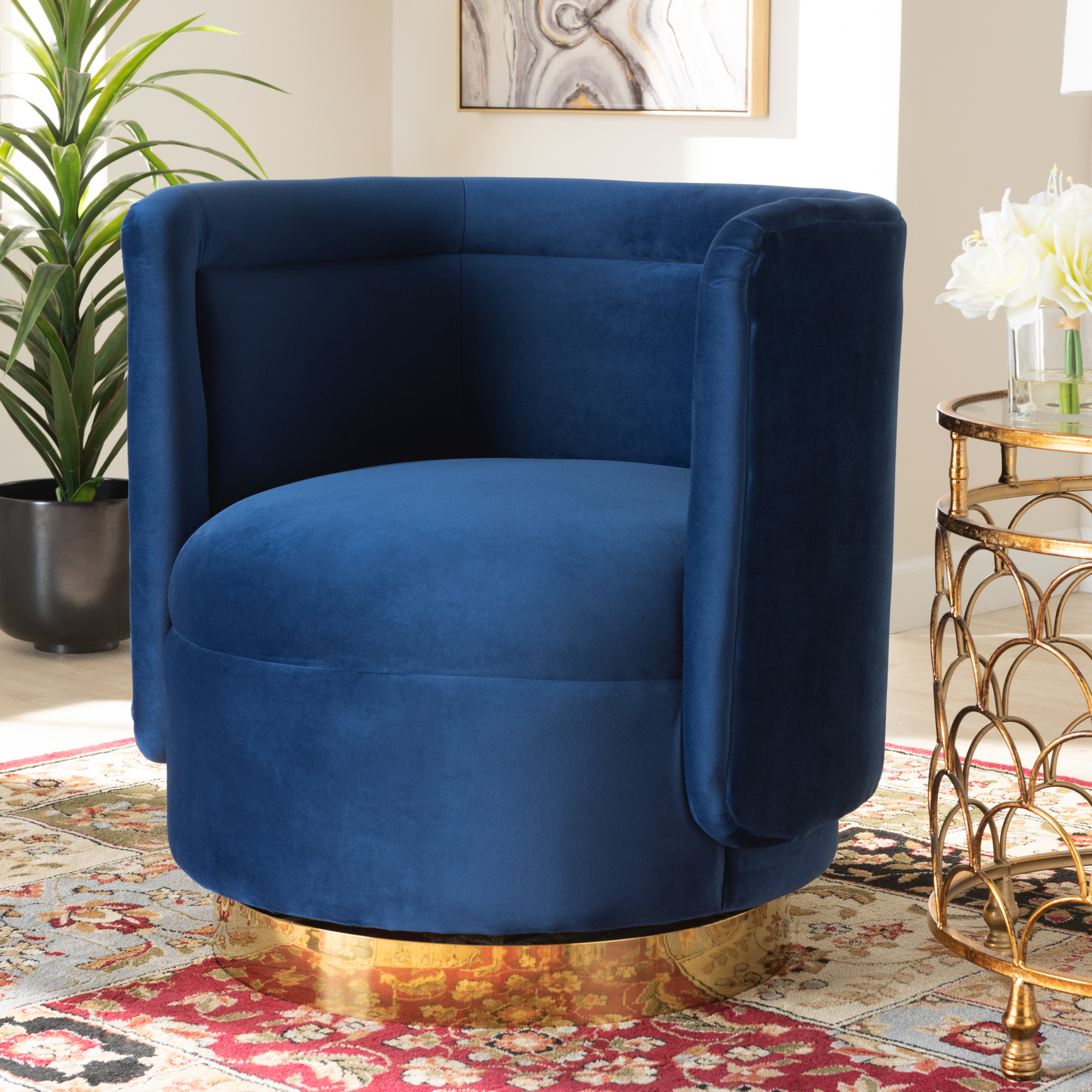 Picture of: Wow Designer Studio Living Room Chairs Enhance Your Living Space